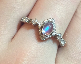 Oval Moonstone Ring moonstone ring sterling silver,4x6mm adjustable Victorian style, vintage ring, Christmas jewelry, birthday gift