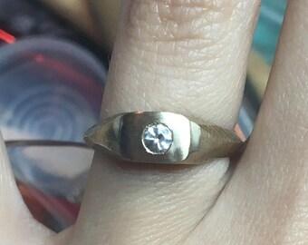 Mini Signet Ring, Solitaire. -The Ballet Slipper