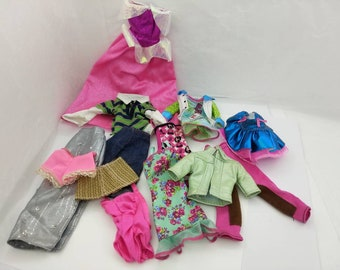 Barbie  Casual Wear Clothes  and shoes Barbie fashion Outfit 11 inch dolls Many Outfits Mix and Match