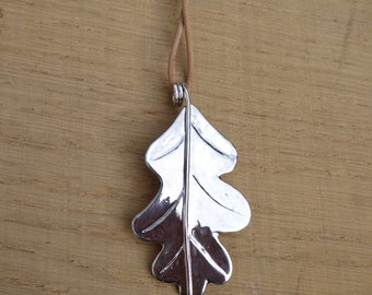 Silver Oak Leaf Pendant. Botanical Jewellery. Handmade Sterling Silver Necklace
