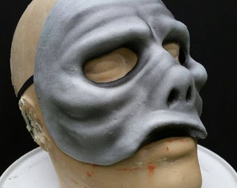 Grayscale Eye of the Beholder Mask