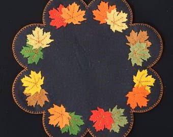 Fall maple leaves wool candle mat