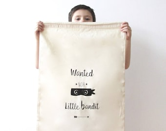 """Great bag to toys """"little bandit"""" customizable."""