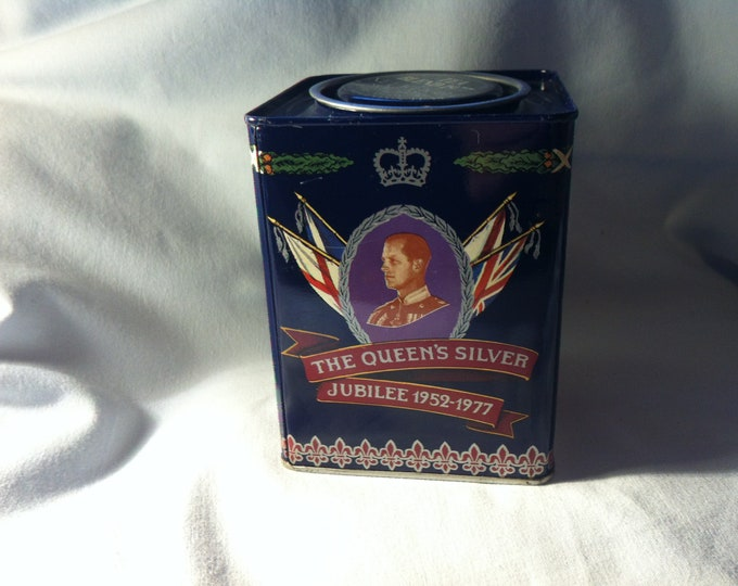 Vintage Tin Tin Deco Object Tea Blend 1977 the Queens Silver