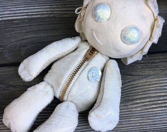 Ghoulish movable crackle glazed eyes zipper tummy ghost girl feed sack baby by Karen Knapp of Tindle Bears