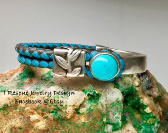 Turquoise stone with leather and silver bracelet