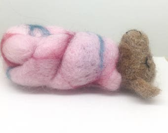 Needle Felted  Sleeping Mouse, Felted Mouse, Cute Mouse, Collectable Handmade, Mouse, Handmade Felted Mouse, gift for her
