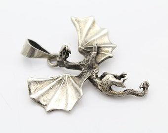 Flying Dragon Pendant in Sterling Silver Fantasy Renaissance. [7878]