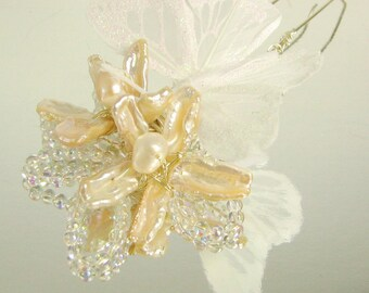 Biwa Pearl and Butterfly Hair Fork