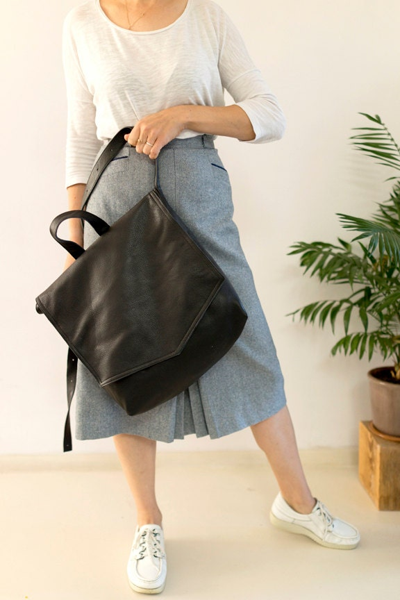 891582c44c1a SALE FOKS FORM Bi Bag 01 Minimal leather handbag shoulder