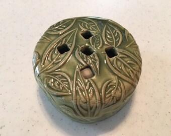 Lavender Sachet Pottery Pillow w/ Sachet – Green Leaf