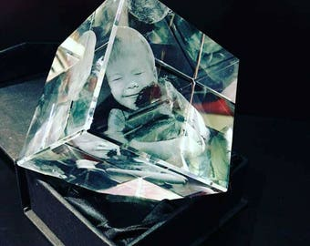 3D Laser Crystal Personalized Engraving, Crystal Cube diamond, Laser Etched Picture in Glass by The Black Symbol