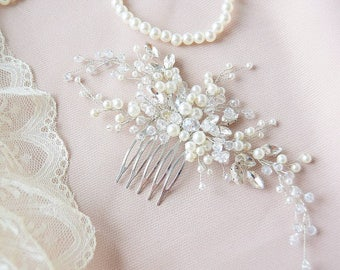 RADIANT WHITE | Crystal clear bridal hair comb, wedding hairpiece, bridal headpiece