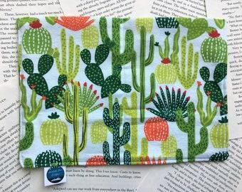 Medium Bag - Cactus/Succulents Flannel Pattern