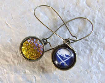 Buffalo Sabres   Two sided Reversible  Earrings Bling Yellow Resin  Glitter Bling!