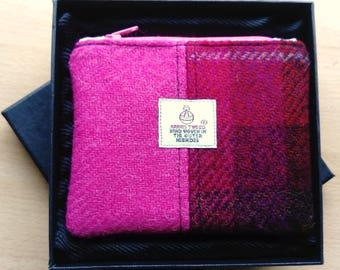 Harris Tweed Coin Purse in Presentation Box, Pink Barley Corn and Raspberry Check