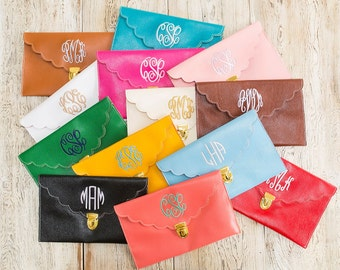 Scalloped Monogrammed Clutch Purse in 13 colors!!