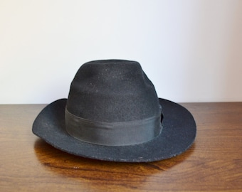 20% OFF SALE Black Vintage Wide Brimmed Fedora Hat