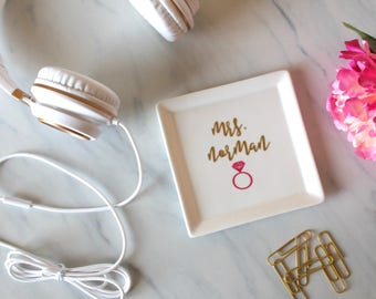 Large Mrs. Personalized Ring Dish | Jewelry Holder | Square Dish | Engagement Gift for her | Gold  | Wedding