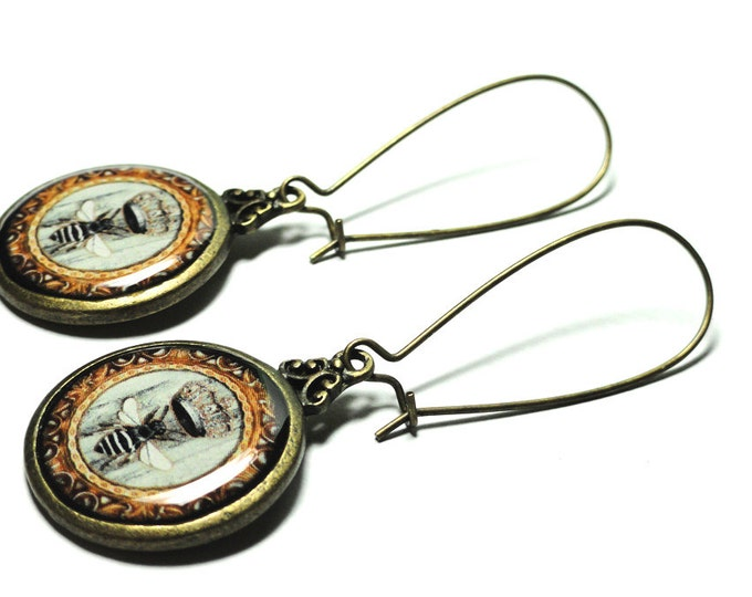 Queen Bee Dangle Earrings, Princess Crown, Gift for Mom, Handmade Resin Earrings, Whimsical Jewelry