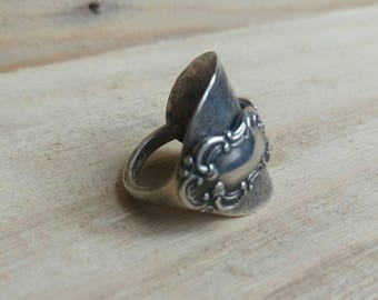 Ladies Vintage - Birmingham Sterling Silver Spoon Ring - Upcycled Jewellery - 1950s - Size O (UK)