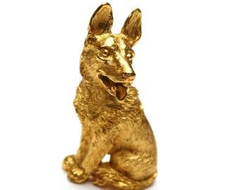 Crown Trifari dog  Brooch - Gold  Dog pin - German Shepard - feline pin