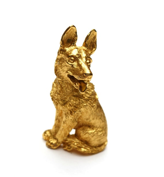 Crown Trifari dog  Brooch - Gold  Dog pin - German Shepard - feline pin