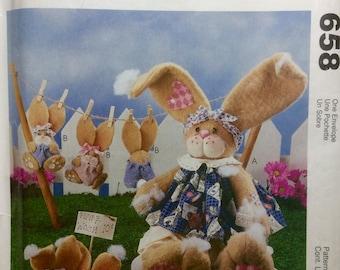 Sewing Pattern Spring Decor Seasonal Easter Bunnies Rabbit Family Uncut 1998 Stuffed Toys Decor