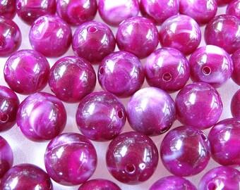 Raspberry White Marbelized Acrylic Beads 14 mm