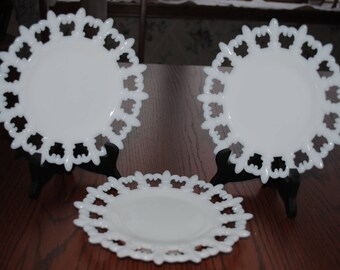 "Milk Glass 3 Fleur- De-Lis 7 1/2""  Decorative  Plate by New Martinville"