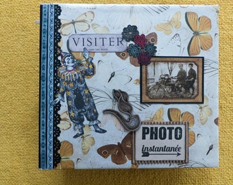 "album ""instant photo"", to put your photos in value very original way, and very nice over the pages."