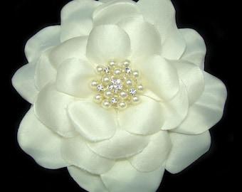 Rhinestone and ivory pearl bridal flower head piece