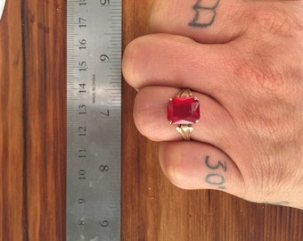 Vintage 10k Gold Ruby Ring Costume Jewelry Engagement Ring