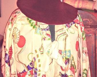 Vintage 70s hippie  velvet hat.