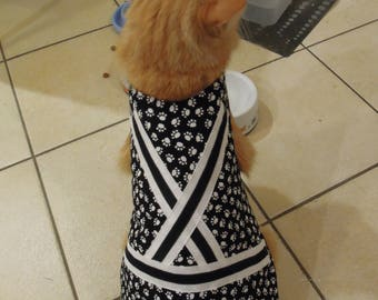 Pet clothing for cats and small dogs: Black and white cotton dress (paw print)