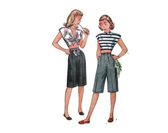 1940s Vintage Sewing Pattern -  Simplicity 1613 - Midriff Blouse Shorts