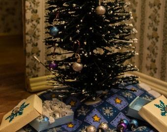 Tree Ornaments (Silver, Blue, & Purple/ Silver Wire) -- Dollhouse Miniature 1:12 Scale