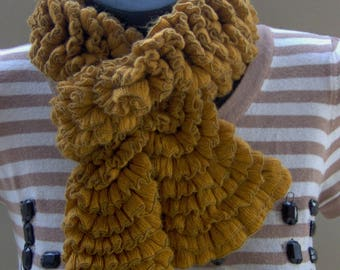 SCARF woman Antic gold ruffled effect