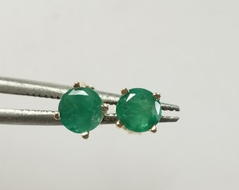 Estate 14k Yellow Gold Natural  Emerald .50ct Earring Studs Stud GE112-1