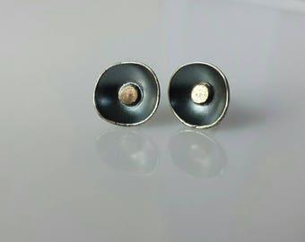Tulip silver golden dot stud earrings