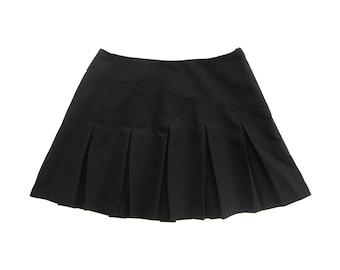 90s Le Château Black Pleated Ultra Mini Skirt (Youth Size 10)