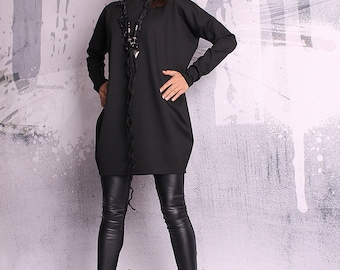 Black blouse with long sleeves, black tunic, black top, loose top, long tunic - UM-051-PU
