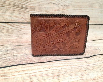 Vintage Hand tooled leather Mexico wallet, pristine condition