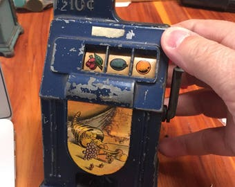 Slot Machine 10 Cent Bank ~ I Don't Know If It Works