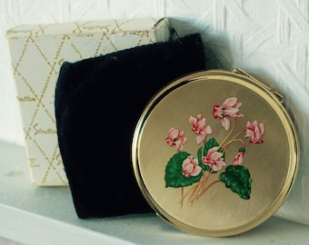 Vintage Stratton Compact with Original Box   Marked by artist 'Erika'   Magnolia Floral Design