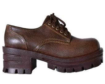 FREE SHIPPING! 90s Deadstock Chunky Platform Shoe ~ Dark Brown