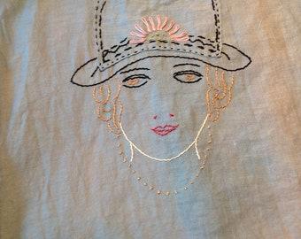 Beautiful 20's ROARING TWENTIES APRON Flapper Embroidered Vintage Smock