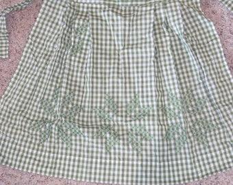 Vintage Gingham Checked Pocket Apron
