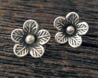 Fine Silver Flower Charms  - 2 Hill Tribe Sweet Summery Floral Dangle Charms  Inner Diameter of 2.1mm - Oakhill Silver Supply - C8