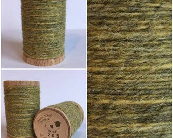 Rustic Moire Wool Thread #205 for Embroidery, Wool Applique and Punch Needle Embroidery